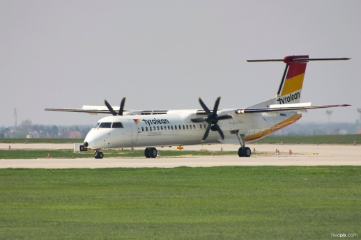 10944_Tyrolean_Airways_De_Havilland_Canada_DHC-8-402Q_Dash_8