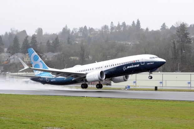 737-MAX-First-Flight-620x412