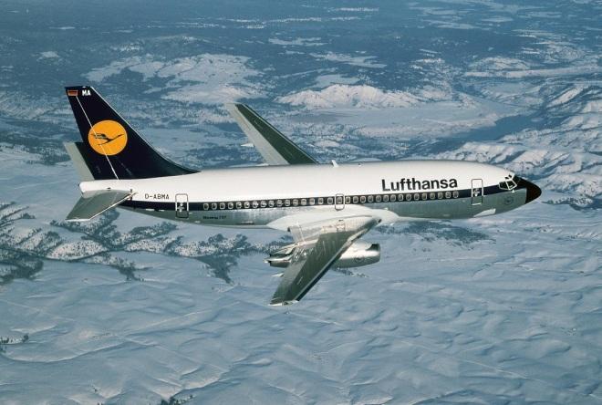 Foto: Boeing Lufthansa 01.1985 D113-13-305 737-200, D-ABMA Idar-Oberstein